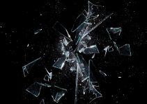 O que significa sonhar com vidro quebrado?